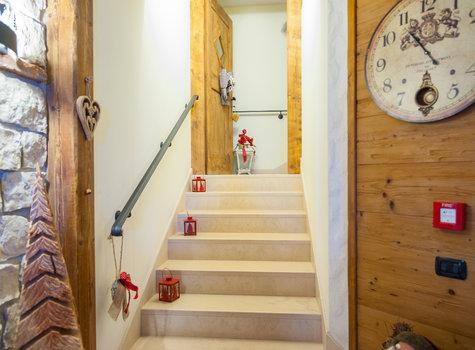Treppen zu den Zimmern